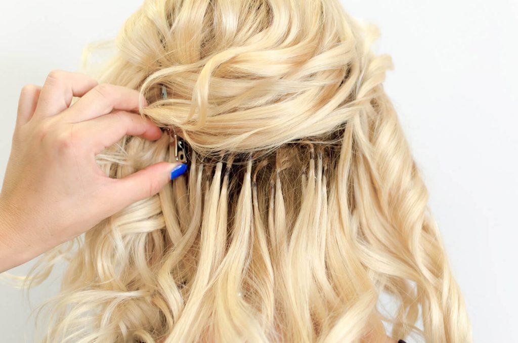 Verzorging van hairextensions
